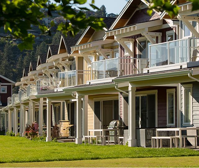 Boucherie Beach Cottages